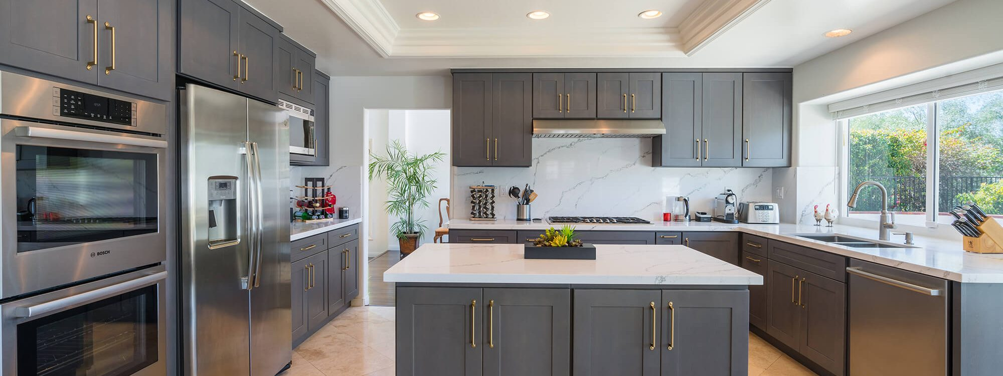 Luxe Cabinet Stone Seattle S Top Kitchen Cabinets